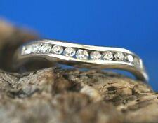 18ct White Gold Diamond Curved Wishbone Ring