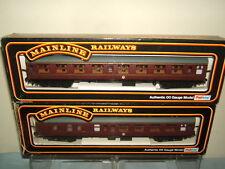 Mainline Plastic OO Gauge Model Railway Coaches