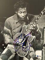 Signed CHUCK BERRY 8x10 Photo LEGEND Autograph Signed with BECKETT COA psa jsa