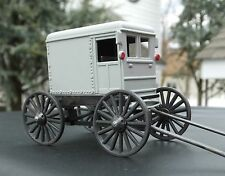 O Scale  Amish Wagon Diecast Gray Miniature Diorama Accessory Item