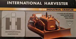 International IH TD-14 Crawler Dozer - SpecCast 1:16 Scale