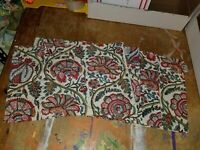"""Pottery Barn """"Jacobean Floral - Red 14 X 20 Placemats - Set of 4"""