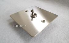 Ottieni Ultimate Singolo Interruttore in acciaio inox 10AMP 2 W GU1212TSS piastra piatta.