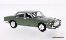 Daimler Sovereign Series 1 4.2 RHD VERDE 1:43 Vanguards