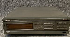 Mitsubishi Laser Disc Player CD CDV M-V7010 LaserVision Tested Performs Well