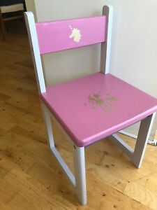 Girls Bedroom/ Nursery chair suitable for age up to 6 years old.