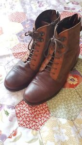 Clarks Lovely Leather Tri Colour Ankle Boots Size 5/38