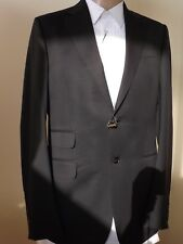NWT GUCCI DARK NAVY WOOL STRETCH TWO BUTTON SUIT EUR 48 Long / US 38 #221536