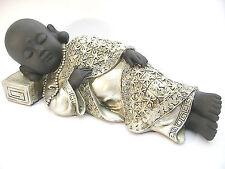 Schlafender Mönch liegend auf einem Kissen mit Kette silber schwarz Dekofigur
