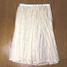American Apparel Lace Mid-Length Skirt in Cream / Off White in Medium (size 4-6)