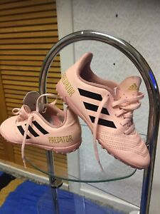 """ADIDAS - TRAXION -JUNIOR -GIRLS-TRAINERS  — SIZE-UK -13""""K-EUR -31.5""""-US -13.5K"""""""