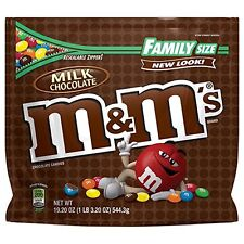 NEW MILK CHOCOLATE M&M'S MILK CHOCOLATE CANDIES FAMILY SIZE 19.20 OZ BAG MARS