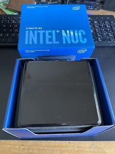 Intel NUC Kit NUC8i5BEK (i5-8259U, 2.3GHz) Mini PC - Black