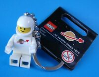 IN SPACE SINCE 1978 MINIFIGURE KEYCHAIN 852815 LEGO ORIGINAL SPACEMAN .. NEW!