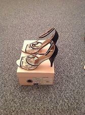 Ladies 'TedBaker' Nero/Oro Sandali. Taglia UK 4. Scatola. condizioni molto buone. RRP £ 95