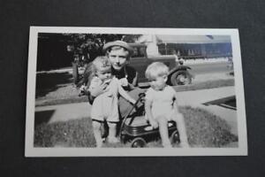 Vintage Car Photo Kids & Toys w/ 1929 Chevrolet 1930 Chevy 903018