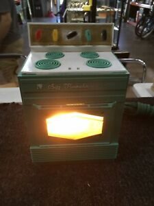 Vintage Suzy Homemaker Oven Stove Teal 1968 Mid Century Topper Toy IDEAL WORKS