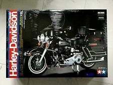 TAMIYA 1/6 HARLEY-DAVIDSON FLH CLASSIC MOTORCYCLE PLASTIC MODEL KIT # 16037 F/S