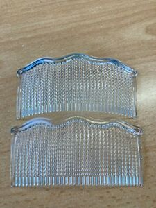 Pack of 2 clear hair combs lightweight plastic 10cm comb wavy band top