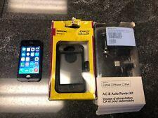 IPHONE 4 BLACK~TELUS-16GB~OTTER BOX FREE SHIP