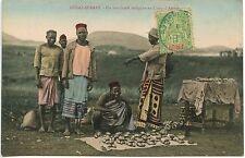 COLONIES FRANCAISES MADAGASCAR DIEGO-SUAREZ UN MARCHAND INDIGENE AU CAMP D'AMBRE
