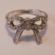 SILVER TONE FASHION RHINESTONES BOW RING SIZE 10 (94)
