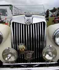 MG Bonnet 2451 Grille A4 Photo Poster