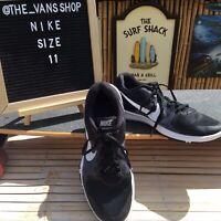 Nike Flex Control II -Size 11 US- Men's Cross Training Shoes