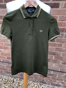 FRED PERRY OLIVE GREEN WITH SPARKLY TWIN TIPPED SHORT SLEEVE POLO SHIRT SIZE 8