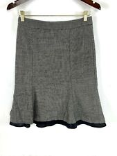 Banana Republic Wool Skirt size 2 Womens Flare Black Lined Back Zipper