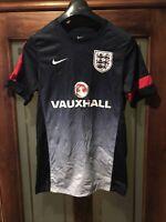 ENGLAND FOOTBALL TRAINING SHIRT - ADULT SIZE SMALL