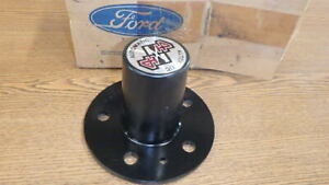 Ford New NOS Auto Locking Front Hub for Bronco II and Ranger E3TZ-1K105-B #115
