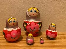 Russian Nesting Dolls Beautiful Girls with Red Flowers! Matte Finish 5 pieces
