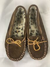 Minnetonka Women's Size 7 Brown Traditional Moccasins soft sole Lace Front Fur