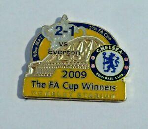 2009 Chelsea FC 2009 The FA Cup Winners Enamel Badge - 2-1 Vs Everton Ref#5