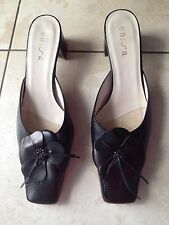 Unisa Black Ladies Heeled Mule Slip On Shoes Size 40 / 7. Great Condition.