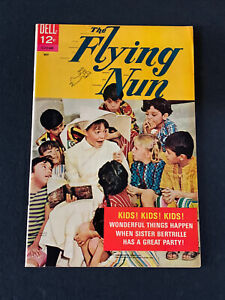 Flying Nun #2 May 1968 !!  VF !! Photo cover