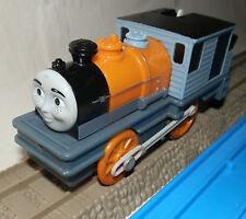 DASH ENGINE LOCO - Tomy Tomica Trackmaster - Thomas the Tank Engine train