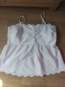 New Look White Broderie Anglaise Top 16
