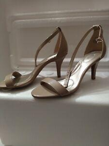 Womens shoes sz 7.5