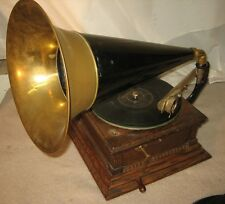 VICTOR TALKING MACHINE GRAMOPHONE PHONOGRAPH TYPE M MONARCH WITH RIDGED TONE ARM