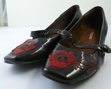 Hush Puppies Size 38 Women Lady Leather shoes Black Brownish Red + Floral Design