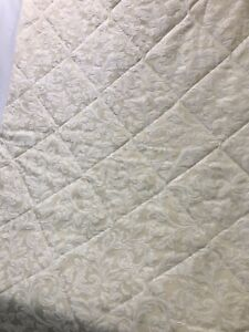 Vtg Twin Damask Jacquard Bedspread Comforter Quilt Ivory Cream Off-White 2 AVAIL