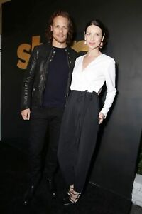 Caitriona Balfe And Sam Heughan Posing For Phote 8x10 Picture Celebrity Print