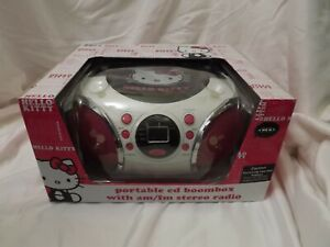Sanrio Hello Kitty Portable CD Boombox with AM/FM Stereo Radio NEW    7B
