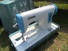 Buen Vintage Década de 1960 Jones eléctrico Máquina de coser, luz, ningún pedal de pie, en muy buena condición