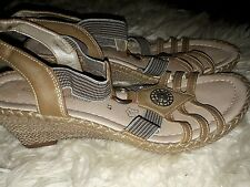 ladies stunning leather wedge sandals by REMONTE DORNDORF dize 8 sable
