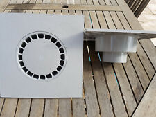 PROMOTION - SIPHON COUR 300 x 300 GRIS CLAIR SORTIE VERTICALE DIA 90 - DIA 100