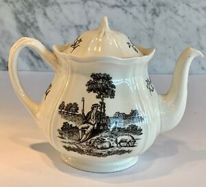 English Wedgwood Collector's Society Transfer Tea Party Shepherd Tea Pot