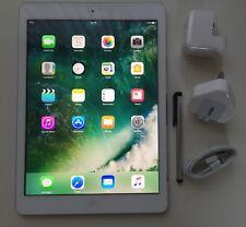 MINT Apple iPad Air 64GB, Wi-Fi, 9.7in - Silver